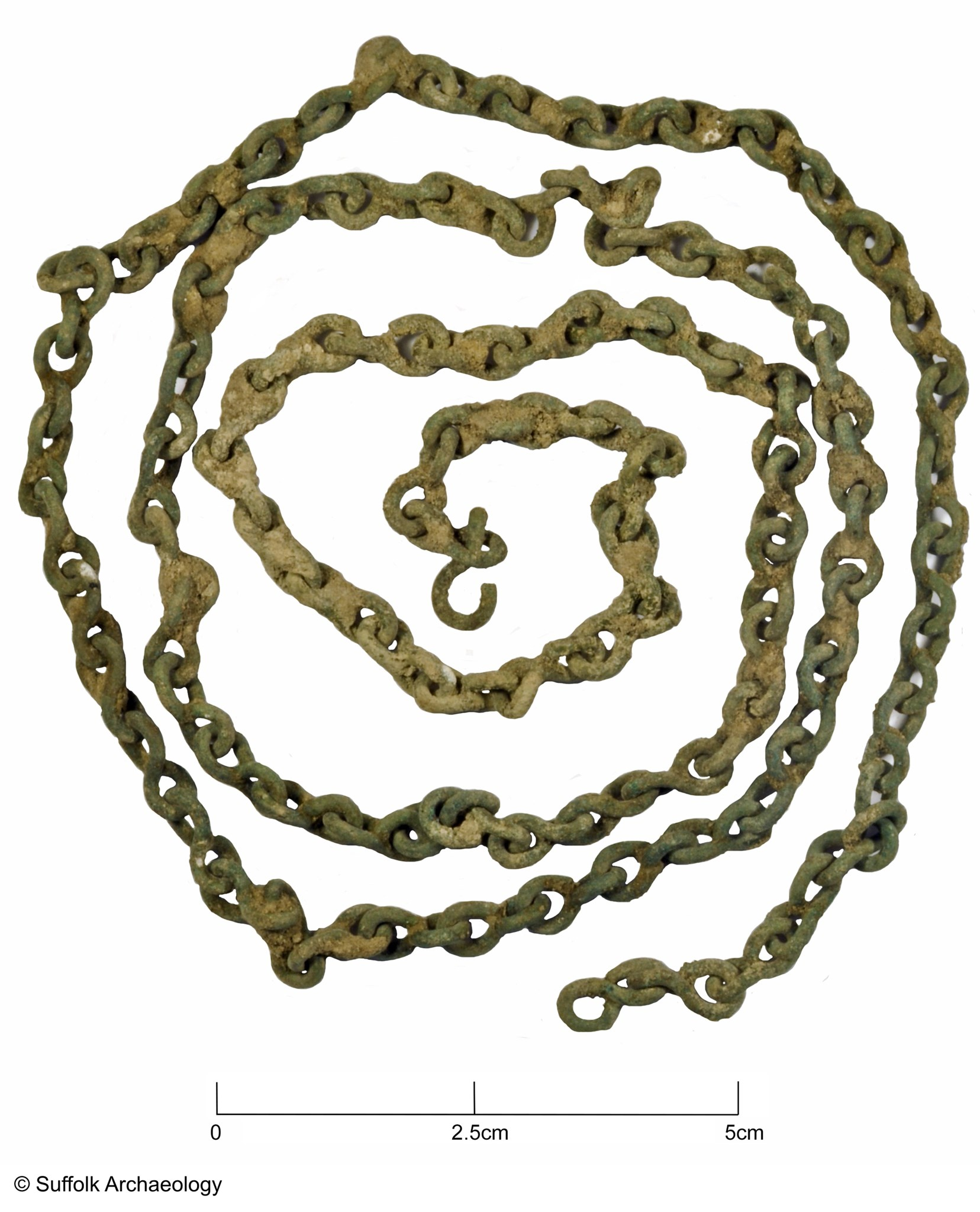 Late medieval/early post-medieval copper alloy chain.