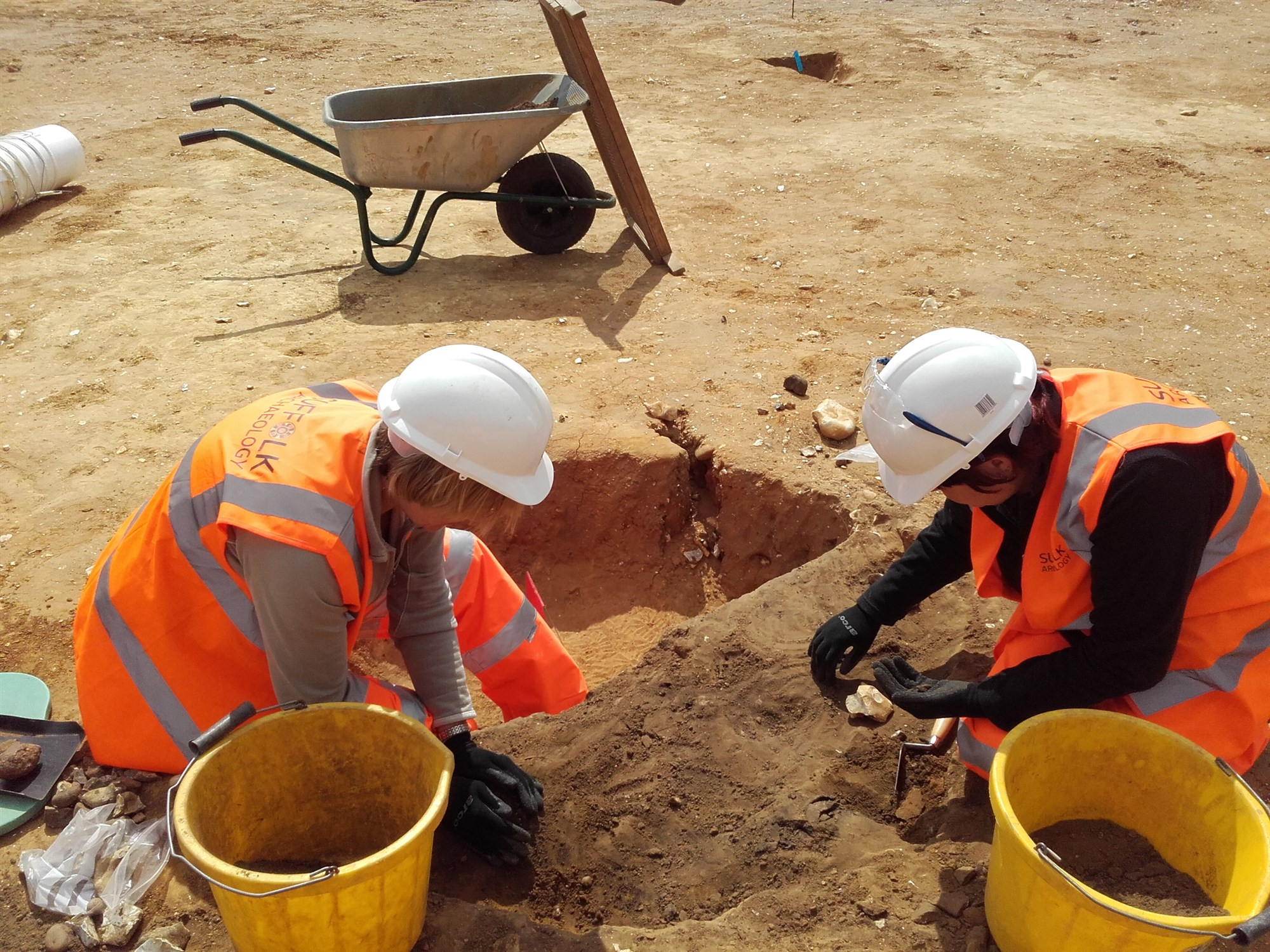 Excavating an Iron Age pit at Marham Park