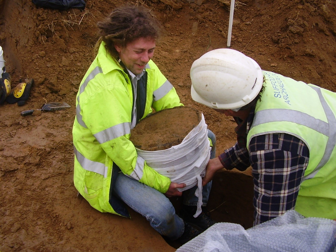 Mark recovering a rather large Bronze Age cremation urn at Sproughton, Ipswich